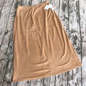 NWT Liz Claiborne Faux Suede Classic Skirt PM